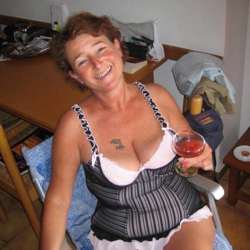 Sie sucht Sex in Bern, Sexkontakte Muri
