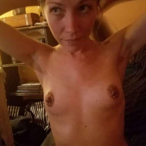Gepierct und nach Sex in Muttenz suchend